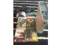 Xbox 360 with Games & pad READ ADVERT