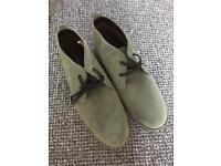 New - cotton traders men's shoes