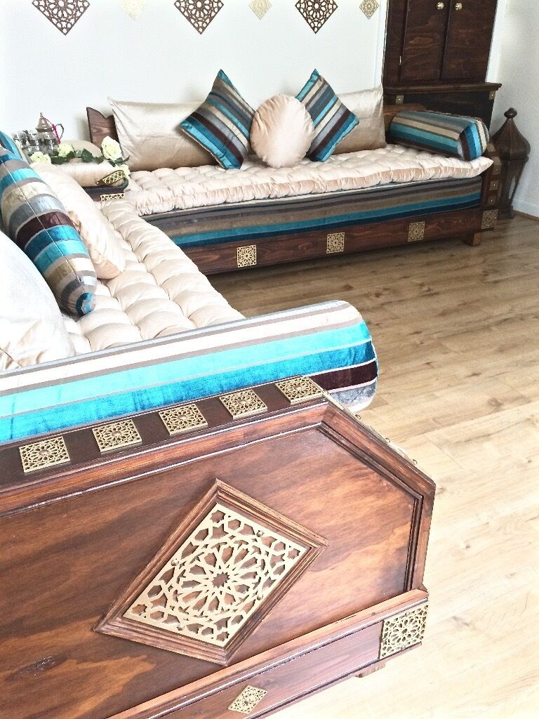 Luxurious moroccan sofa couch corner suite majlis bench daybed