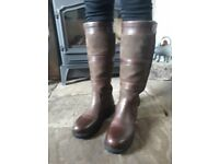 Moretta suede and Leather Calf Length Country Boots - Size 5