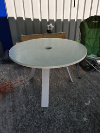 White circular table with steel tripod legs - very solid - 200 cms diam