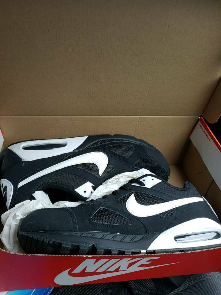ece3099faeed9 Nike air max size 12 mens nearly new