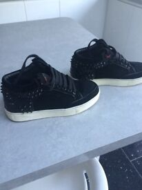 Boys Royaums size 4 (36) very good condition