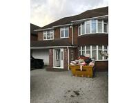 Stunning 4 Bedroom House Located On A Private Road £2100 PCM
