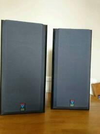 B&W V202 speakers