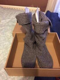 Grey cardi ugg boots size 5.5