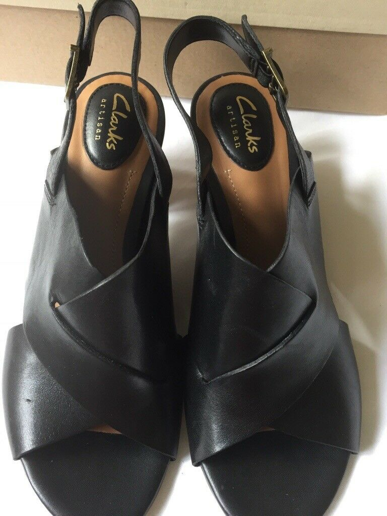 9f683dd94451 New Clarks black leather high heeled mules size 5.5