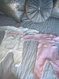 Baby girl clothes. Newborn/ 0-1