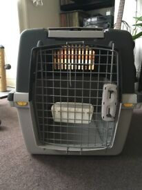 Trixie Gulliver travel crate / transport box for cats or dogs, 72 x 52 x 51 cm (L x W x H)