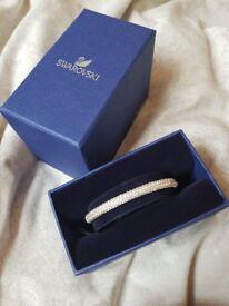 Genuine swarovski bangle bracelet rrp £99 like new with tags