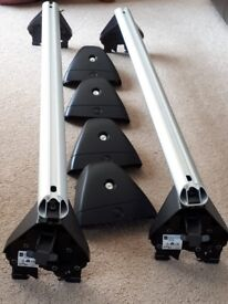 Vauxhall Astra Hatchback Roof Bars (Fits 2012-17 model). Only used once.