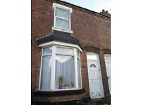 **THREE BEDROOM HOUSE**TWO RECEPTION ROOMS**PERFECT FOR A FAMILY**NO DSS**GOMER STREET**