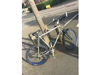 Men's mountain Raleigh bike