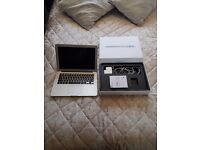 apple macbook air 13 inch 4 gb