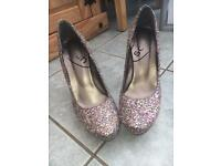 Size 7 SPARKLY Schuh shoes
