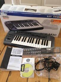 MIDI keyboard controller PCR - M30