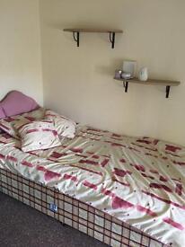 2 BEDROOM TOP FLOOR FLAT