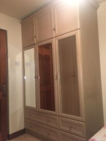Fitted bedroom furniture/ wardrobes
