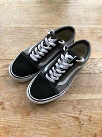 Vans Oldskool low top trainers black grey UK 4,5/5