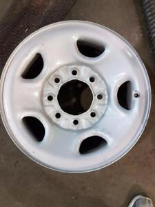 JANTES D'ACIER STYLE RALLY 16'' 8X165, HUB 114, TAKE OFF 4 DISPONIBLES