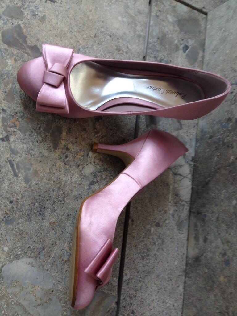 Roland Cartier Dusky Pink flat bow satin shoes - size 5 (38) - ideal for weddings - good condition.