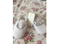 Baby girl shoes 3-6 months.
