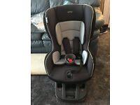 Mamas and Papas Car Seat 9 - 18kg and Isofix Base