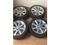 """4x 15"""" alloy's with good tyres"""