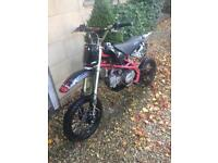 Stomp 140 KZR pitbike