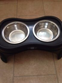 dog pet bowls and stand