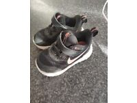 Baby girl 2x shoes - Nike size 4,5 and Clarks size 4