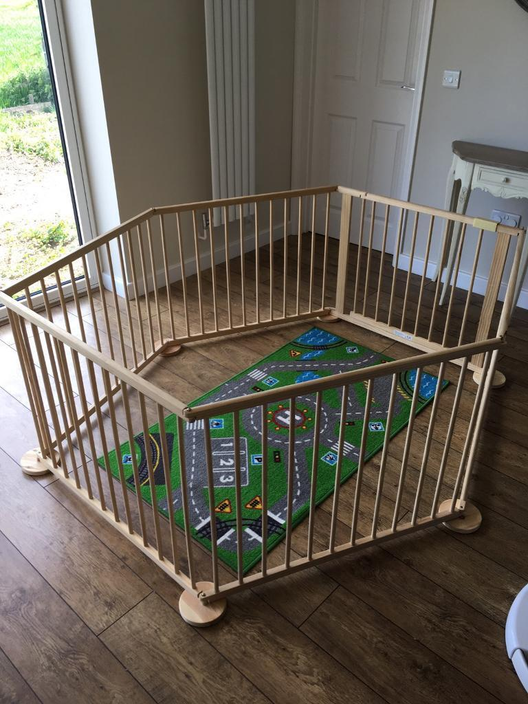 Baby crib for sale redditch - Wooden Play Pen