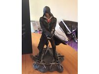 Assassins creed syndicate collectors figure and book
