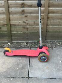 Micro pink scooter
