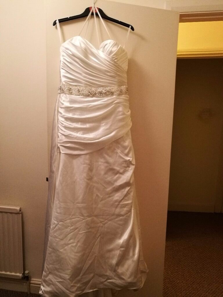 Victoria Jane by Ronald Joyce Wedding Dress