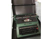 Vintage Silver Reed 500 Typewriter