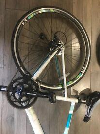 Bike Frame Frame (45cm 13 Intrinsic Lambda), wheels and seat