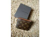 Louis Vuitton mongram Wallet with box
