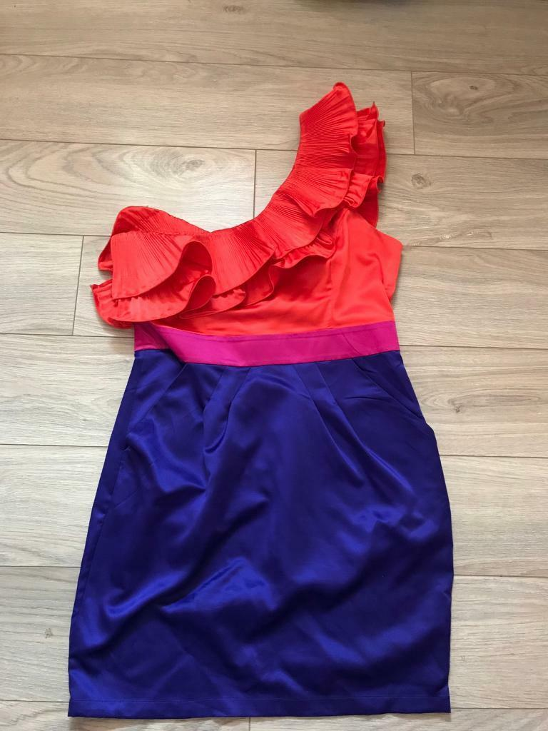 Lipsy dress size 14in Hengoed, CaerphillyGumtree - Lipsy dress. Excellent condition . Only worn once . LooksAmazing on