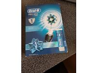 Oral b pro 650 electric toothbrush
