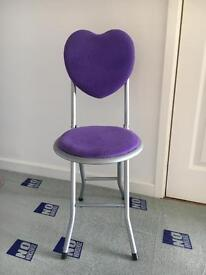 Girls Purple Heart collapsible chair