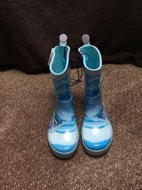 Brand new Frozen kids wellies size 10