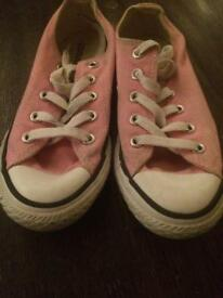 Girls pink converse