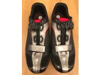 Specialized cycle shoe with BOA technology