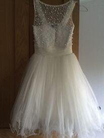 Stunning white quiz dress size 4