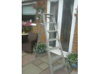Aluminium step ladders for sale