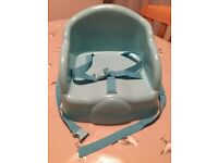 Safety 1st Basic Booster Seat in Blue