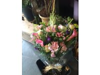 Part time EXPERIENCED florist needed