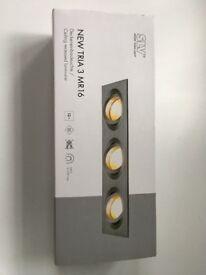 SLV TRIA 3 MR 16 triple recessed spotlight