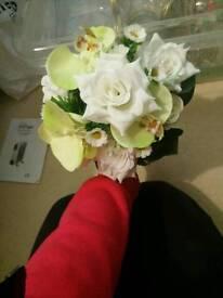 5x artificial flower bouquets
